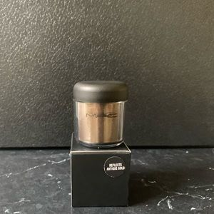 MAC Cosmetics Reflects Antique Gold Brand New